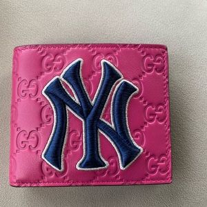 Gucci Women's wallet